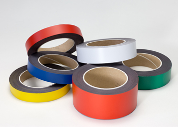 Coloured magnetic tapes