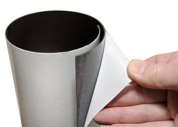 Magnetic self-sticking foils
